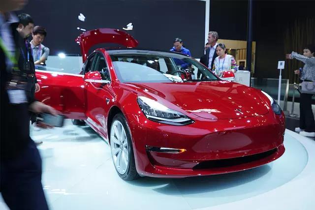 涨价50%的特斯拉,还能颠覆传统汽车制造业么?